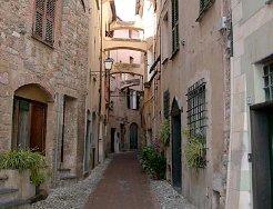 Toirano-il-centro-storico