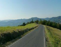 panorama-strada_Langa-Astigina